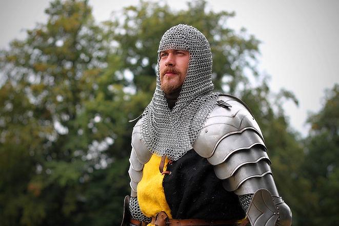 knight-1947419_960_720.jpg