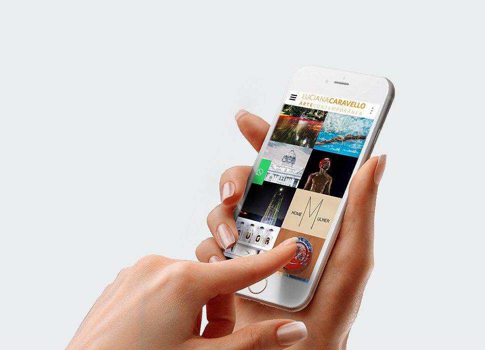 luciana-caravello-smartphone.jpg