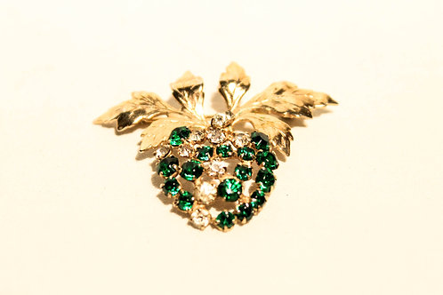 Broche and two ear rings