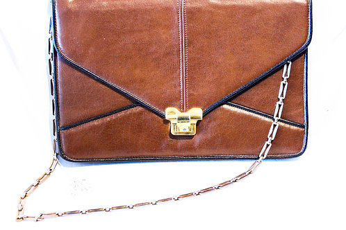 BROWN PURSE WITH CHAIN