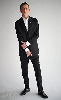 V Classic Suit