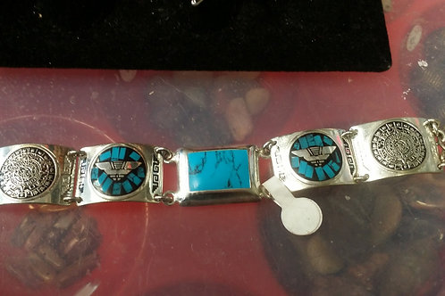 Sterling Silver Bracelet with Turquoise: has fastner