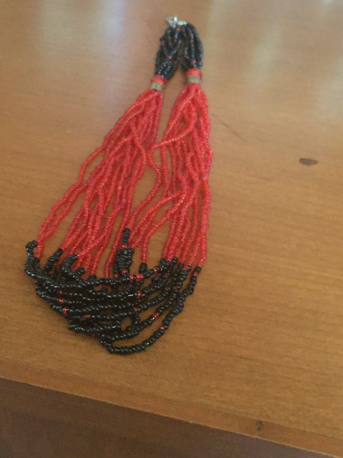Black and Red Beaded Knecklace