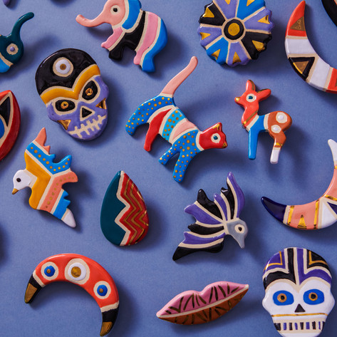 TALISMANS - ceramic brooches with real gold