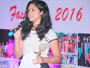 Ms-Nandana-A-N-Recieving-Gold-Medal-in-M