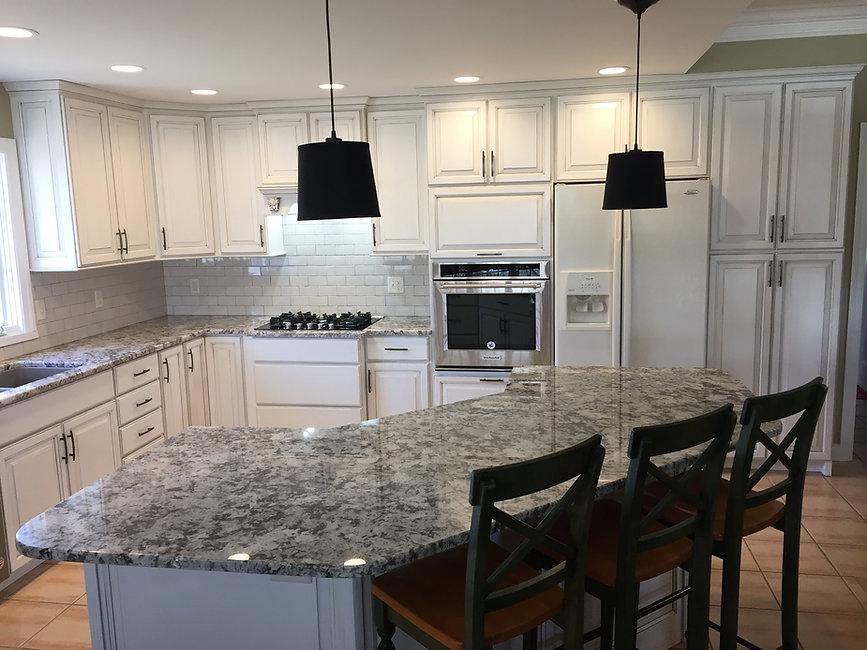 kitchen-remodel-granite-bar.jpg