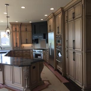 custom-cabinet-design-stain-and-glaze-4