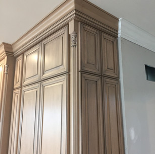 custom-cabinet-design-stain-and-glaze-2