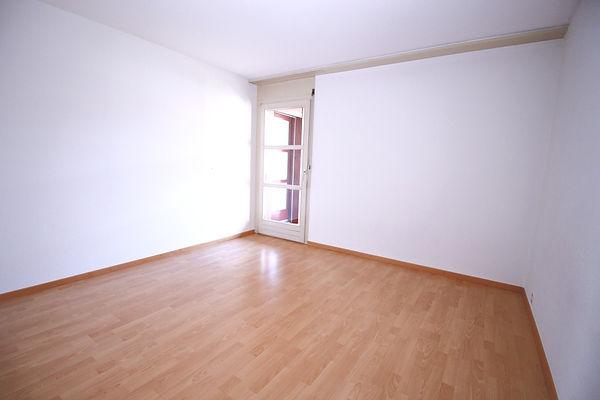 Zimmer 1 4.5 Zi rechts