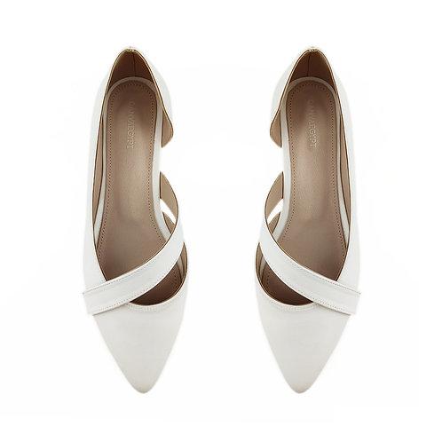 White Wave Flat Women's Shoe
