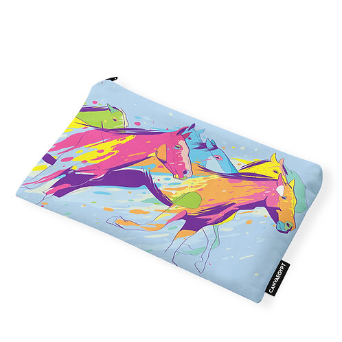 Pouch Horses Aart