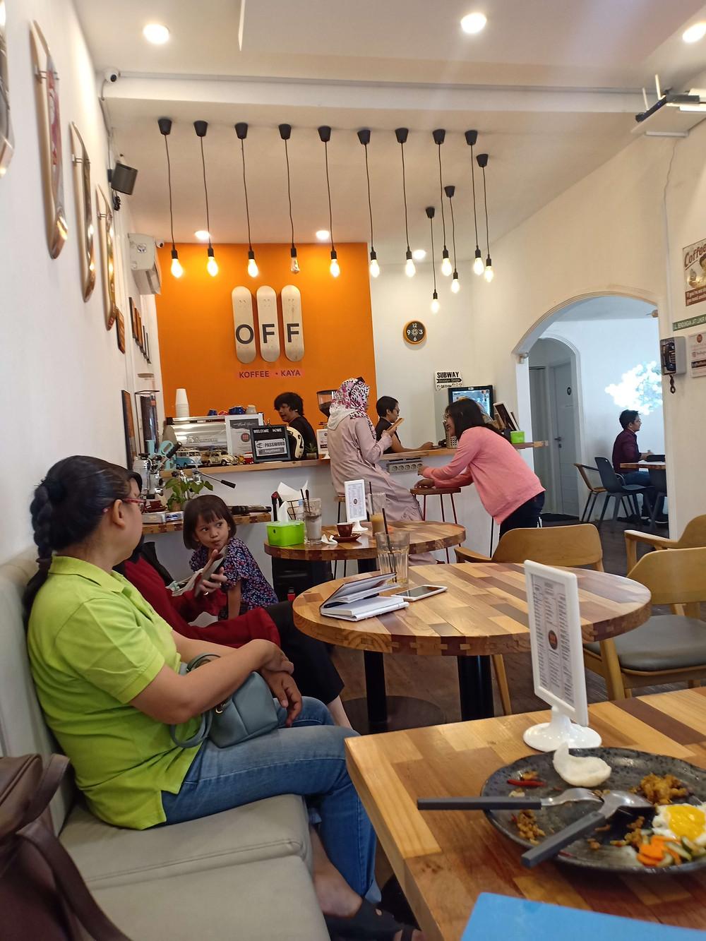 Suasana OFF Koffee Kaya