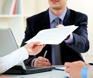 Delegar trabajo: Cuándo, a quién y cómo