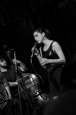Luciana Morelli quinteto en Virasoro Bar (Buenos Aires, 2015)