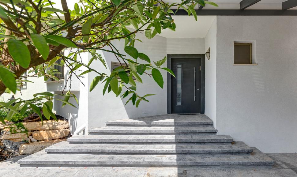 עיצוב-עדי-עוז-צילום-נדב-פקט-כניסה-לבית.j