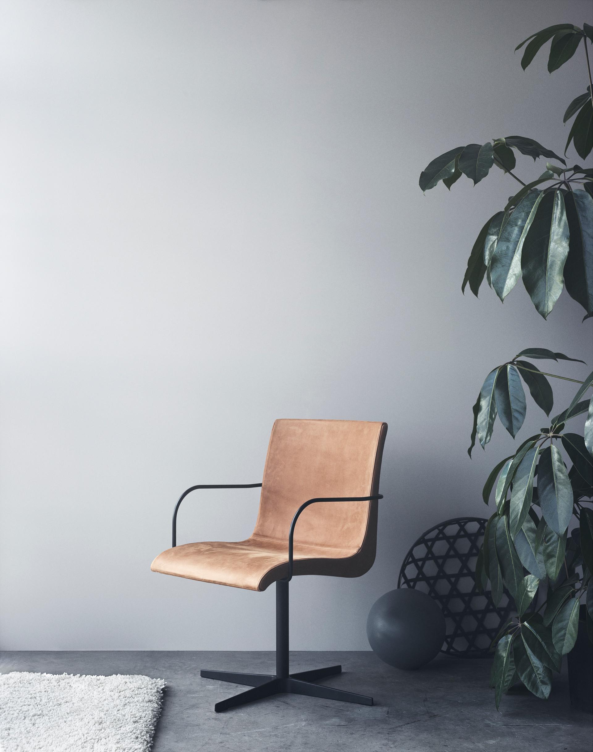 erik_bagger_furniture_Michael_Rygaard1.jpg