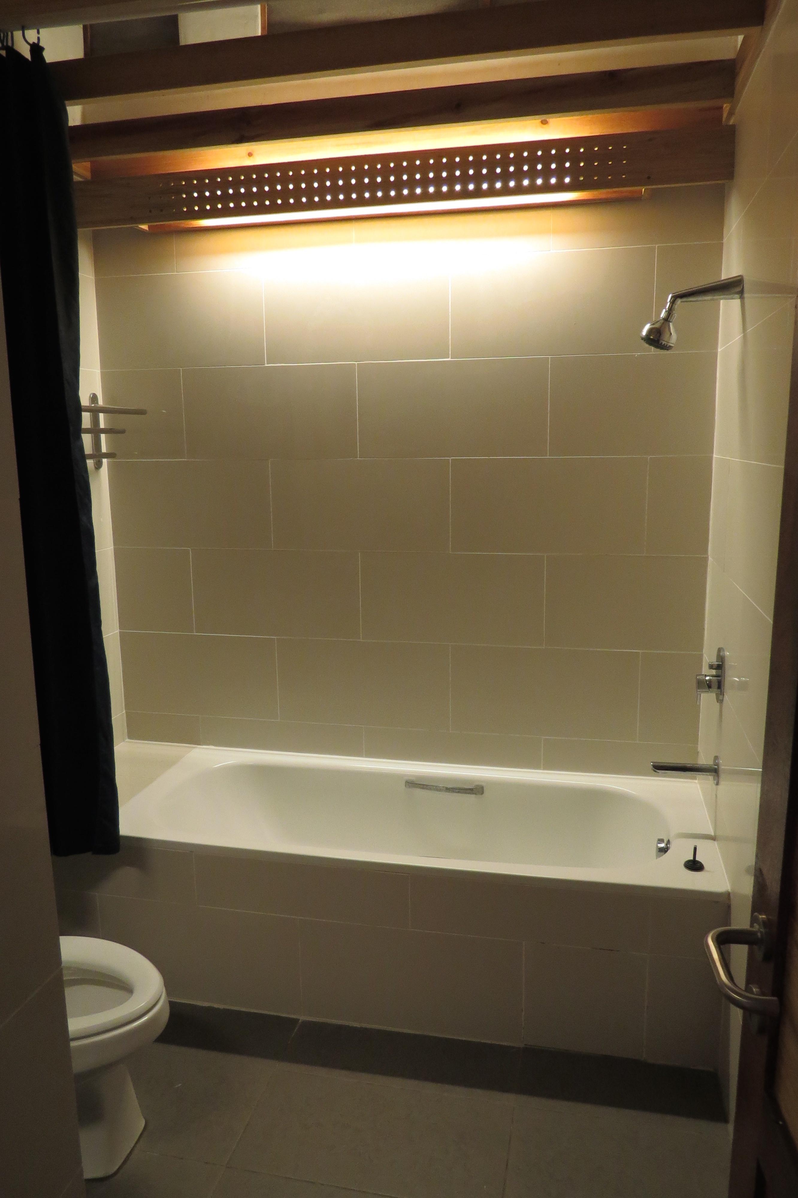 Annexe room bathroom