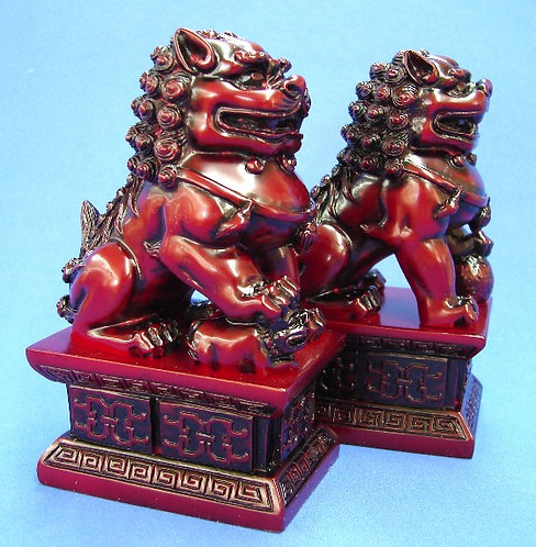 Red Resin Foo Dogs