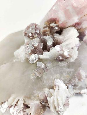 Mineral Specimen Granada Gallery