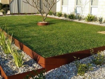 garden edging.jpg
