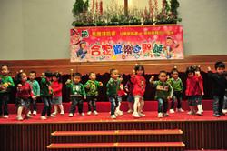 合家歡樂迎聖誕表演—跳舞