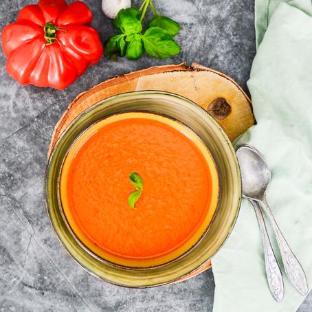 De beste tomatensoep met basilicum
