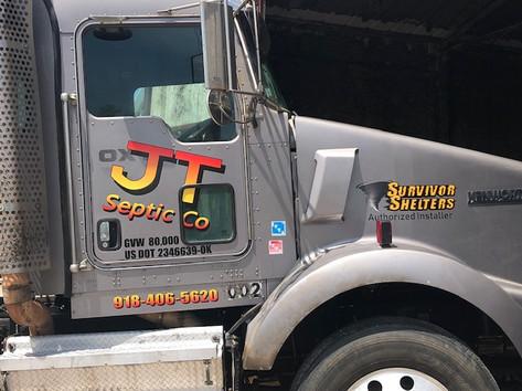 Semi Truck graphics with Vinyl crossing over onto window