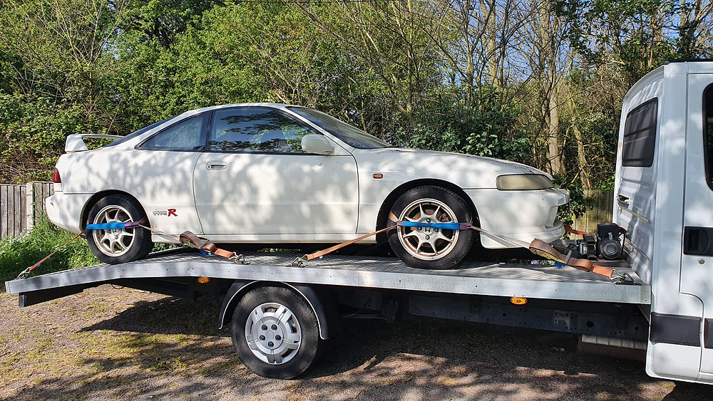 20 Year old Honda transported from Essex to Milton Keynes