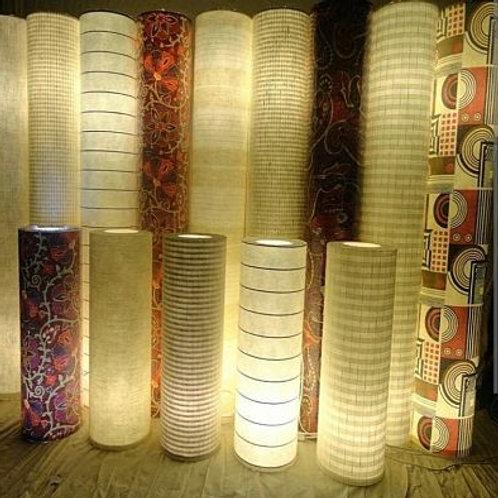 Luminária-Abajur-de-chão-tubular 1,30m x 20cm em tecido