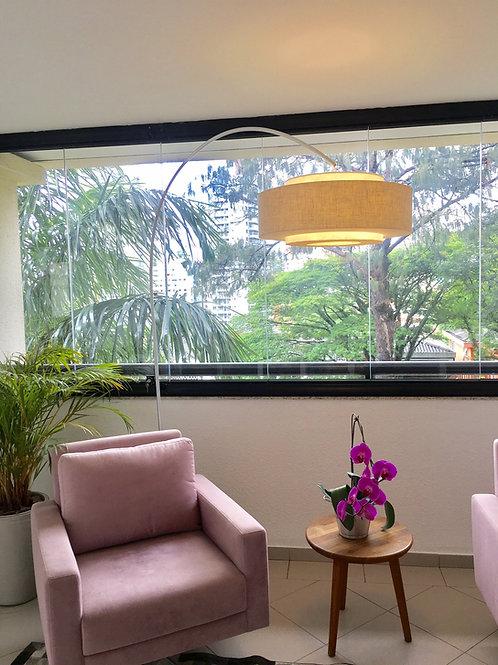 Luminária de chão-piso com haste em Alumínio - cúpula 58cm x 24cm tecido