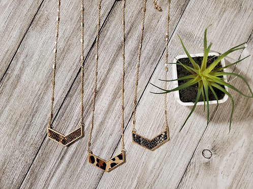 Animal Arrow Necklace & Earrings