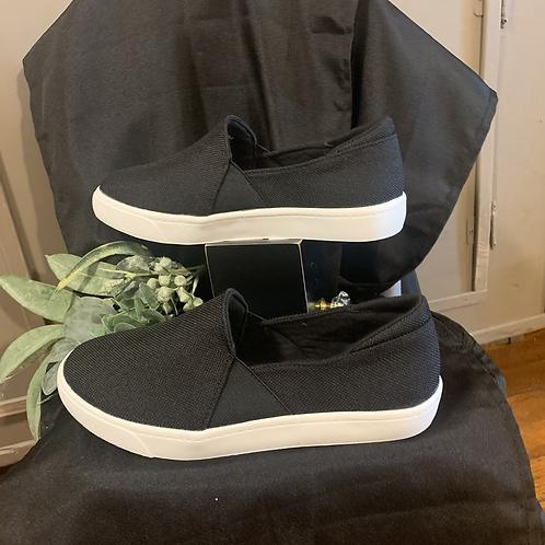 Black canvas slip on sneaker