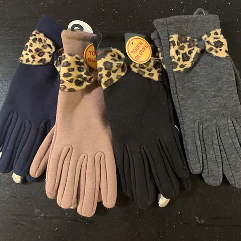 Touchscreen Gloves with Leopard Bow