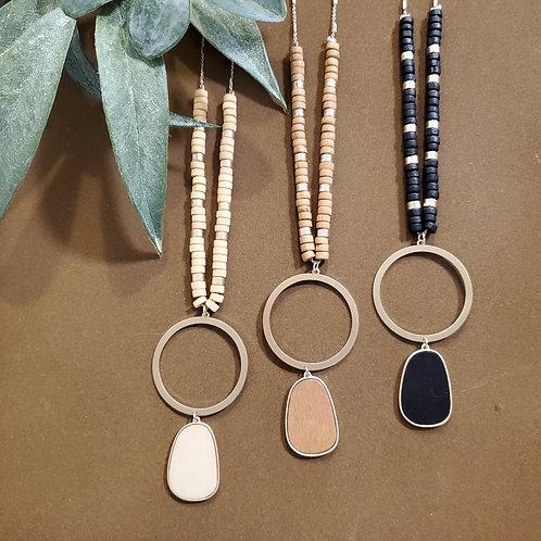 Wood & Pendant Long Necklace