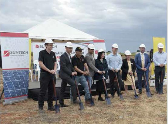 Spades at the ready for solar farm