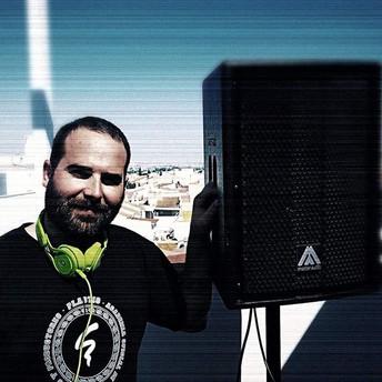 DJ WET