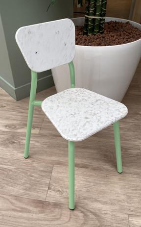 Chaise petite MAHAUT vert blanc