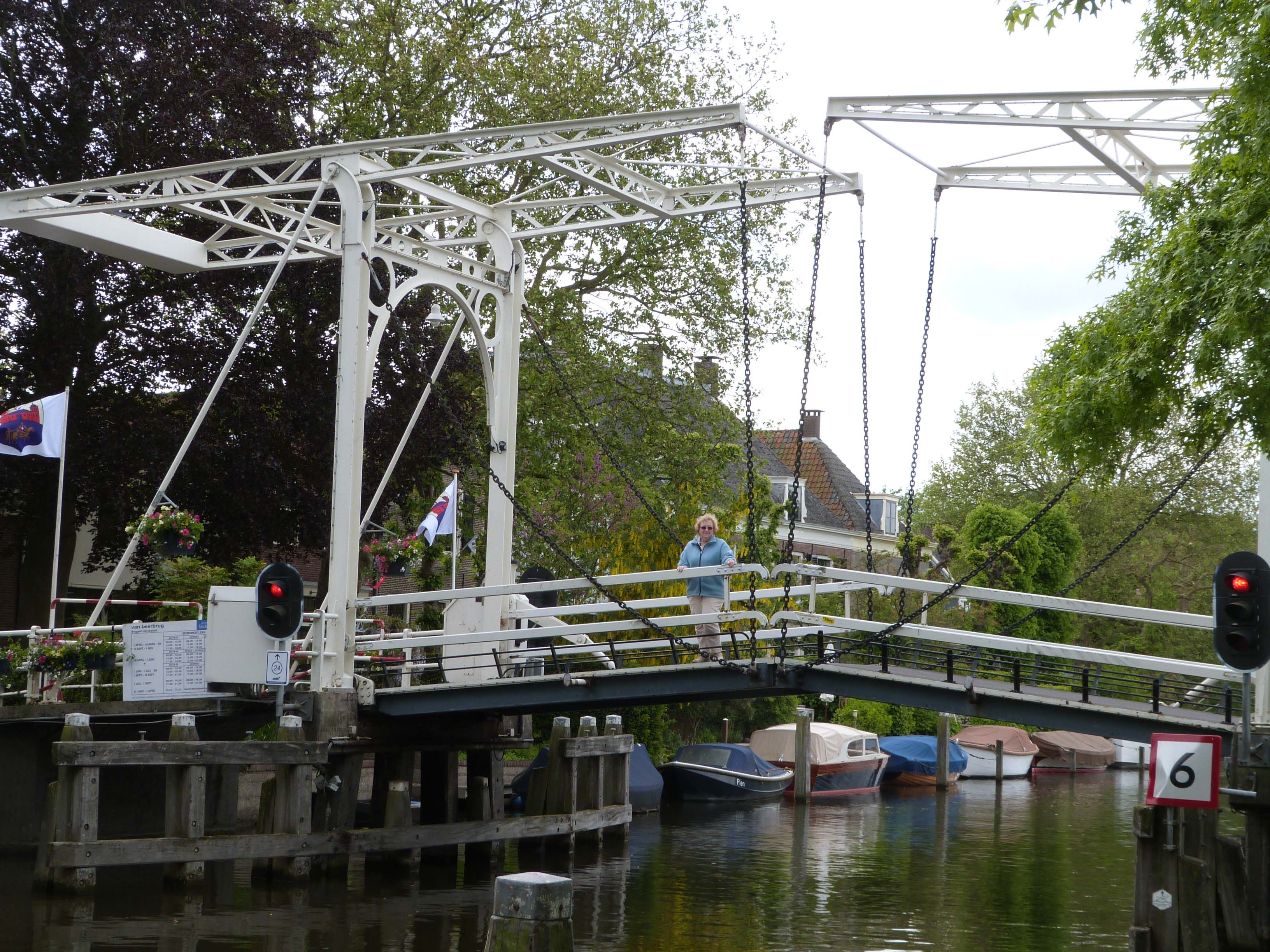 Weesp Lifting Bridge Closed