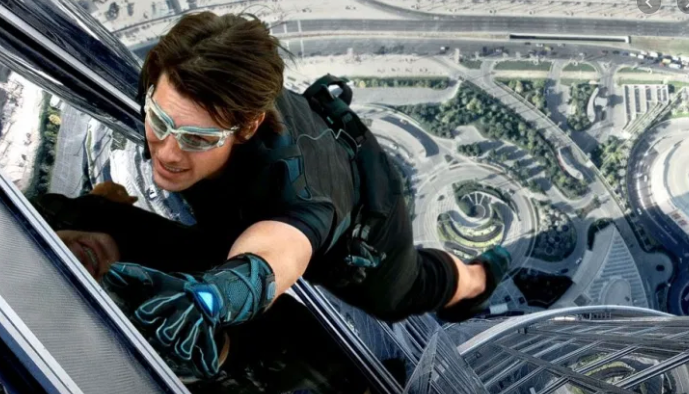 Tom Cruise, Mission Impossible, Tall Building, Burj Khalifa, Dubai, Ghost Protocol, Stunt, Screenwriting