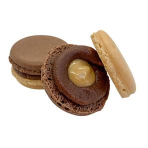Maple Chocolate Macaron