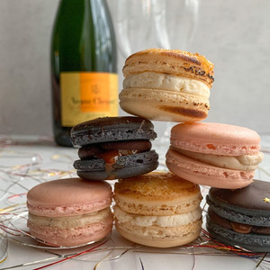 New Year's Eve 2020 Macaron Flavors