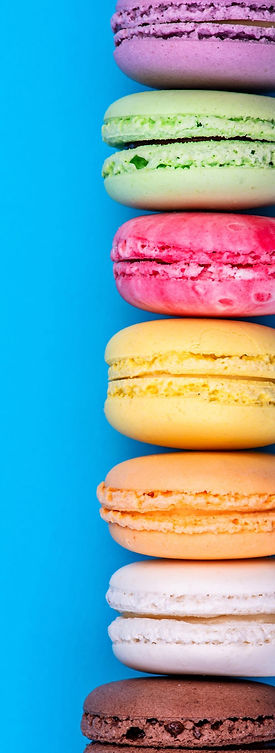 Bright%20Blue%20Background%20Macaron%20S