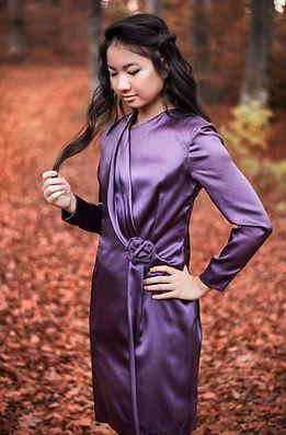 Kleid violett drapiert