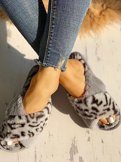 Fluffy Grey Leopard Slippers