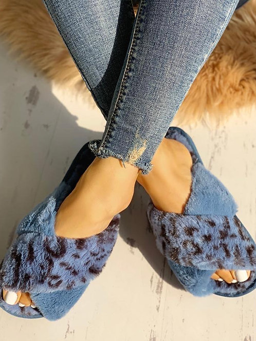 Fluffy Blue Leopard Slippers