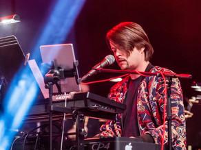 Terapie hudbou aneb kultura zase žije díky Filipu Tailorovi a Moravskému divadlu Olomouc