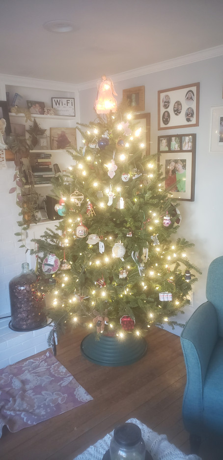 Decking the Halls at Chateau Brett