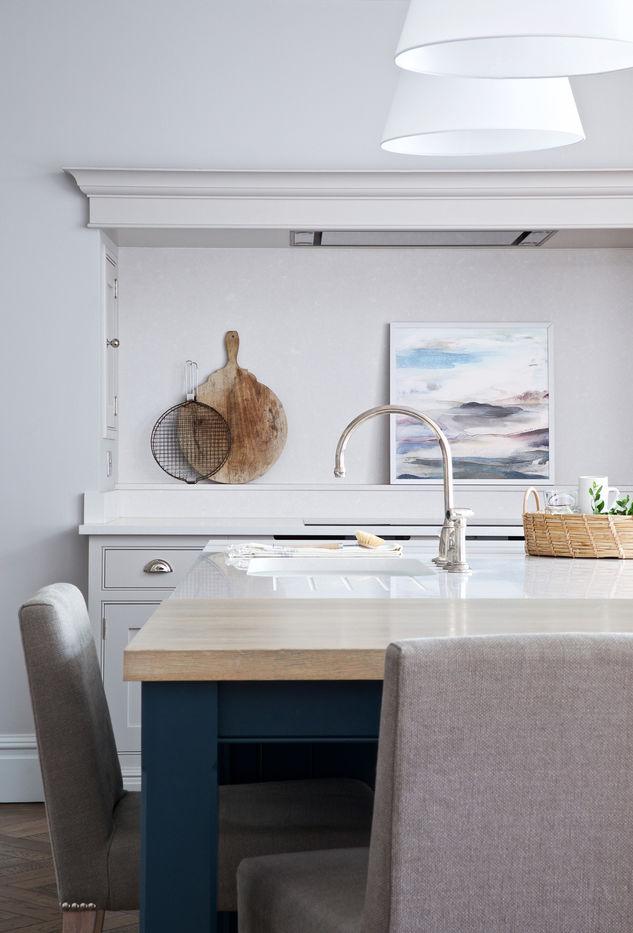 PANOREA. 2019 62 x 62 cm, acrylic & mixed media on canvas £480