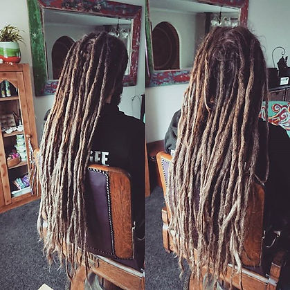 Love me some looooong dreads!__#southern