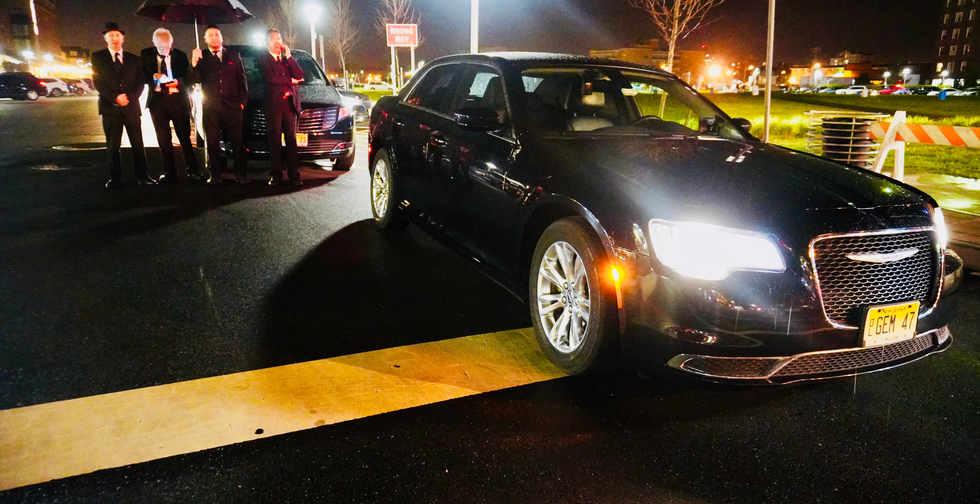 Gem limo - Now Hiring Chauffeurs & professional Drivers.jpeg
